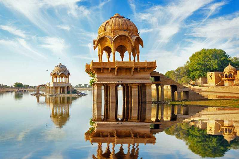 pacchetto viaggio india