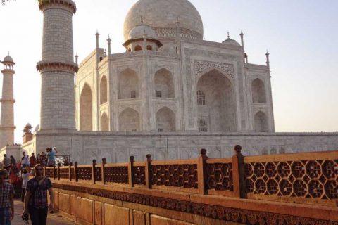 gruppo turistico india