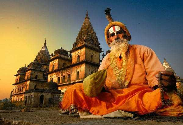 spirituali ritiri in india